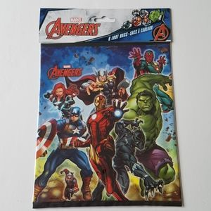 """8 Marvel Avengers Loot Bags 7.25""""x9"""" in"""
